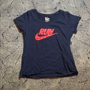 Women's Nike Run Shirt!